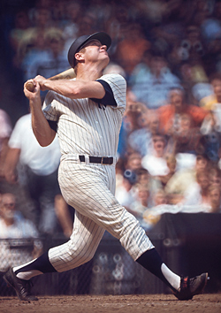 Mickey Mantle Swinging