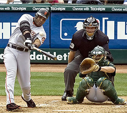 Bonds batting left handed
